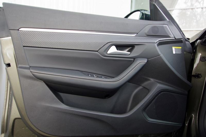 Photo 10 de l'offre de PEUGEOT 508 SW BLUEHDI 160CH S&S GT LINE EAT8 à 36500€ chez ACCEL' AUTO