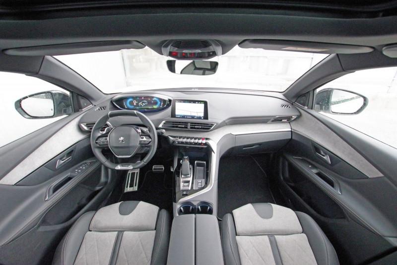 Photo 5 de l'offre de PEUGEOT 3008 HYBRID4 300CH GT E-EAT8 à 38800€ chez ACCEL' AUTO