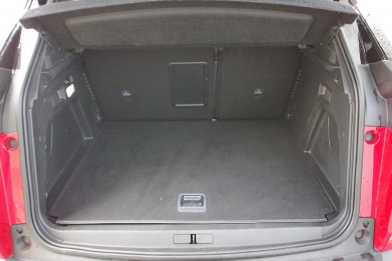 Photo 18 de l'offre de PEUGEOT 3008 HYBRID4 300CH GT E-EAT8 à 38800€ chez ACCEL' AUTO