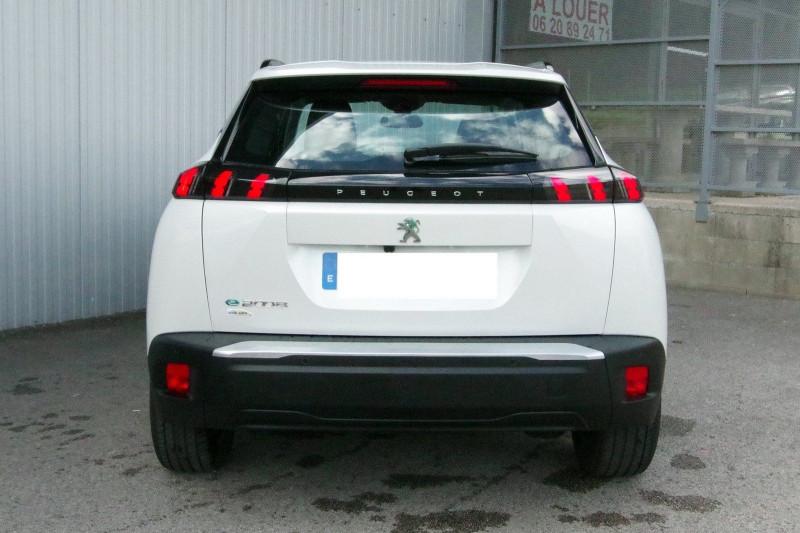 Photo 18 de l'offre de PEUGEOT 2008 E-2008 136CH ALLURE à 25990€ chez ACCEL' AUTO