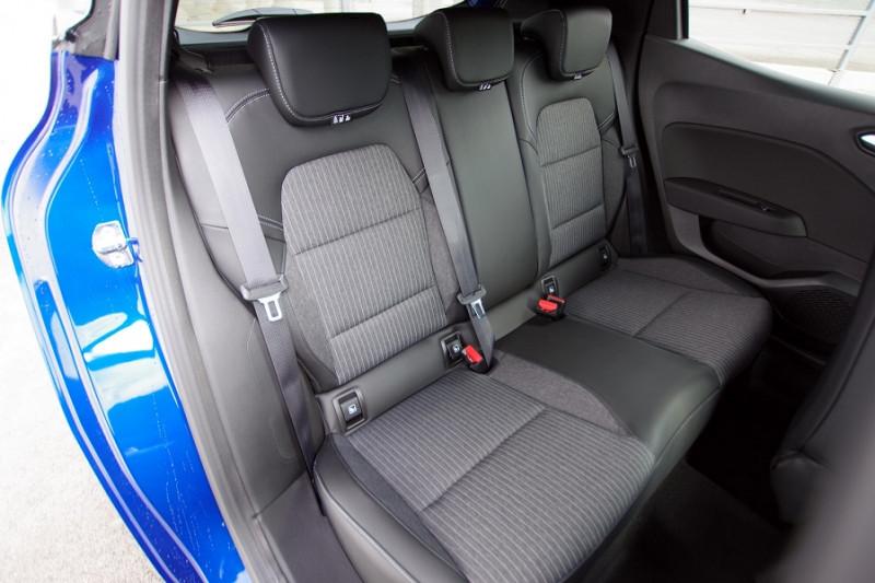 Photo 5 de l'offre de RENAULT CLIO V 1.5 BLUE DCI 115 INTENS à 18700€ chez ACCEL' AUTO