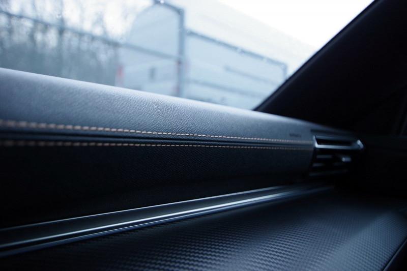 Photo 15 de l'offre de PEUGEOT 508 SW BLUEHDI 160CH S&S GT LINE EAT8 à 36400€ chez ACCEL' AUTO