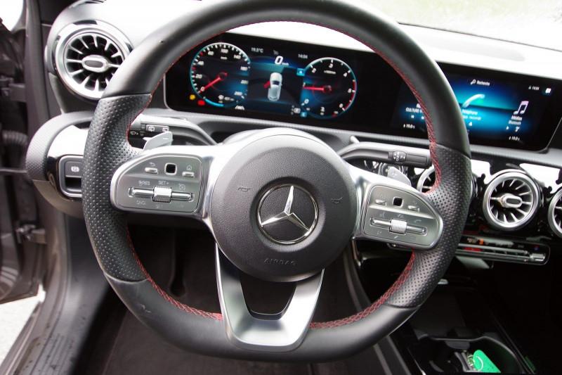 Photo 7 de l'offre de MERCEDES-BENZ CLASSE A (W177) 180 D 116CH AMG LINE 7G-DCT à 27950€ chez ACCEL' AUTO