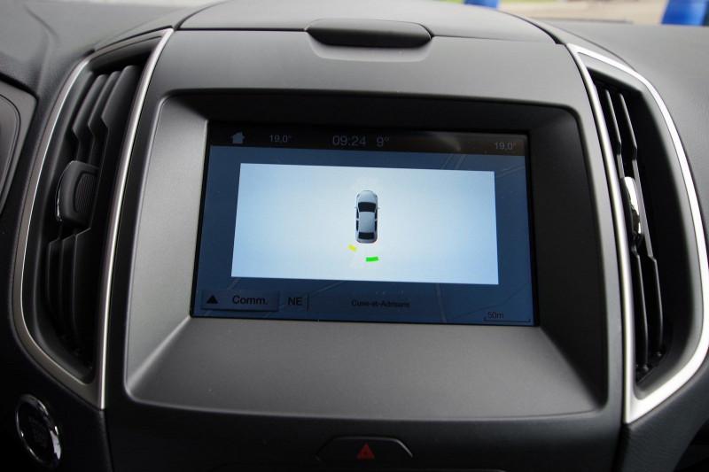 Photo 13 de l'offre de FORD S-MAX 2.0 TDCI 120CH STOP&START BUSINESS à 18800€ chez ACCEL' AUTO