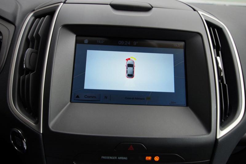 Photo 14 de l'offre de FORD S-MAX 2.0 TDCI 120CH STOP&START BUSINESS à 18800€ chez ACCEL' AUTO
