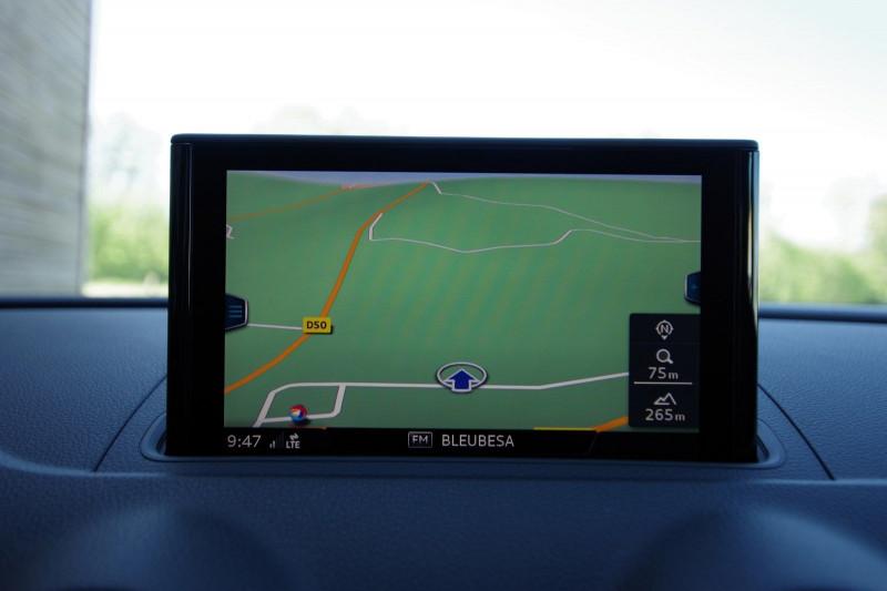 Photo 8 de l'offre de AUDI A3 SPORTBACK 1.0 TFSI 115CH à 18500€ chez ACCEL' AUTO