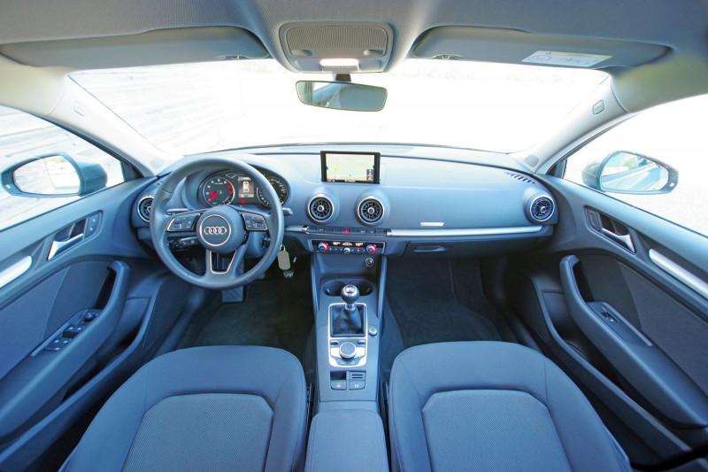 Photo 3 de l'offre de AUDI A3 SPORTBACK 1.0 TFSI 115CH à 18500€ chez ACCEL' AUTO