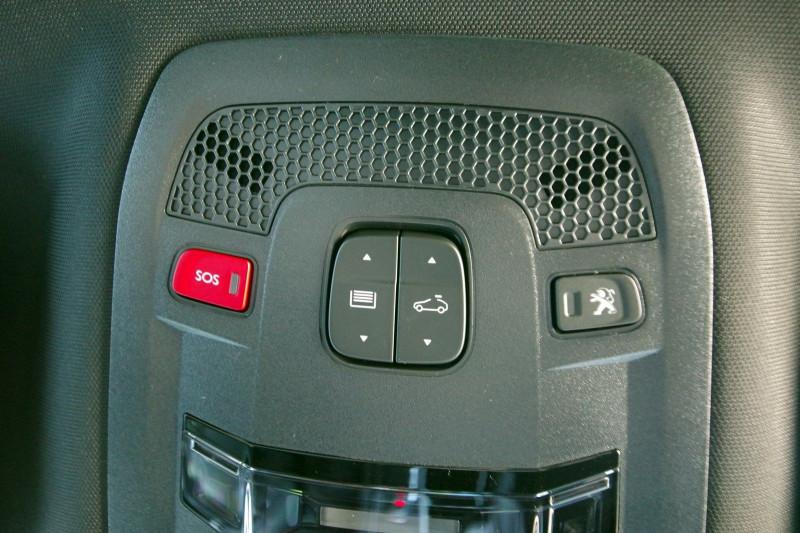 Photo 10 de l'offre de PEUGEOT 508 SW HYBRID 225CH GT LINE E-EAT8 à 35900€ chez ACCEL' AUTO