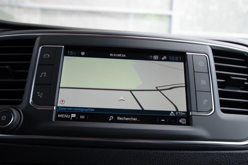 Photo 10 de l'offre de PEUGEOT EXPERT FG LONG 2.0 BLUEHDI 150CH S&S PREMIUM à 28400€ chez ACCEL' AUTO