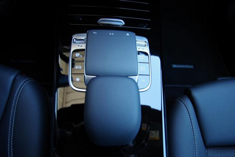 Photo 9 de l'offre de MERCEDES-BENZ CLASSE A (W176) 180 D BUSINESS SOLUTION 7G-DCT à 24700€ chez ACCEL' AUTO