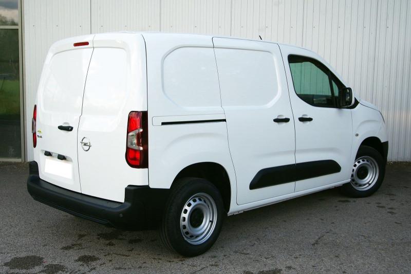 Photo 2 de l'offre de OPEL COMBO CARGO L1H1 650KG 1.5 100CH S&S PACK CLIM à 16800€ chez ACCEL' AUTO