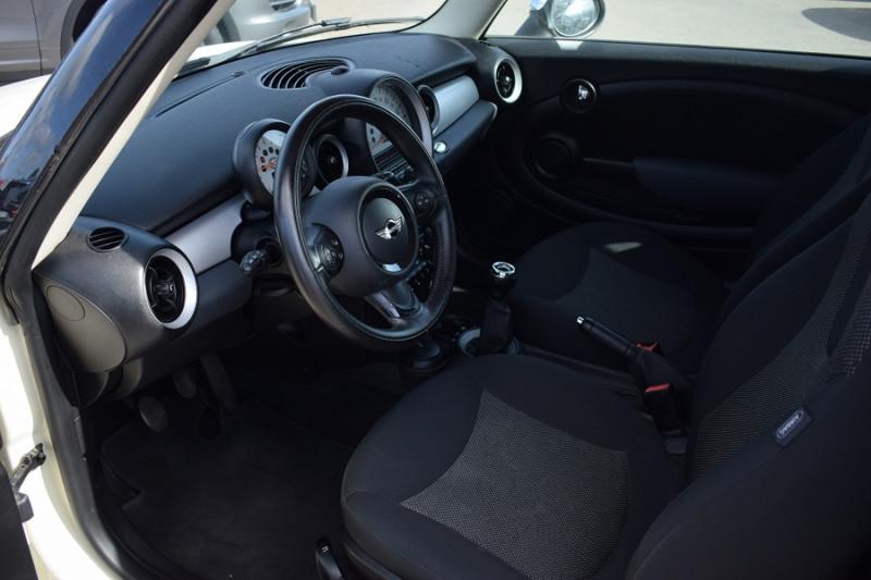 Photo 2 de l'offre de MINI CLUBMAN ONE 98CH à 7900€ chez Univers Motors