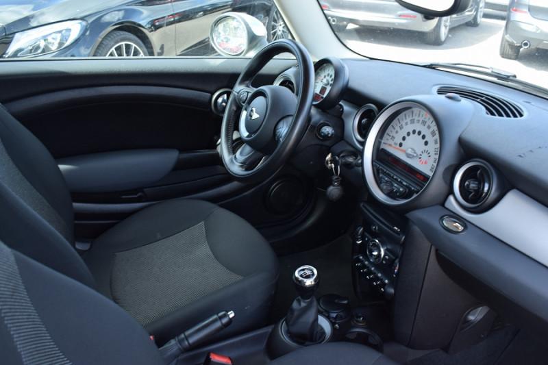 Photo 3 de l'offre de MINI CLUBMAN ONE 98CH à 7900€ chez Univers Motors