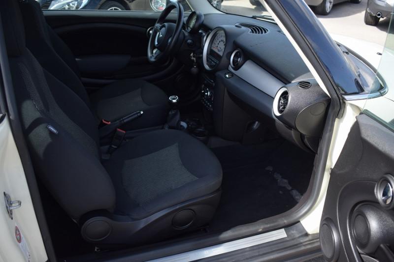 Photo 5 de l'offre de MINI CLUBMAN ONE 98CH à 7900€ chez Univers Motors