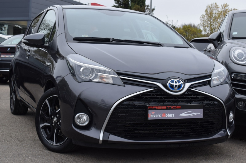 Toyota YARIS HSD 100H COLLECTION 5P Hybride ANTHRACITE Occasion à vendre