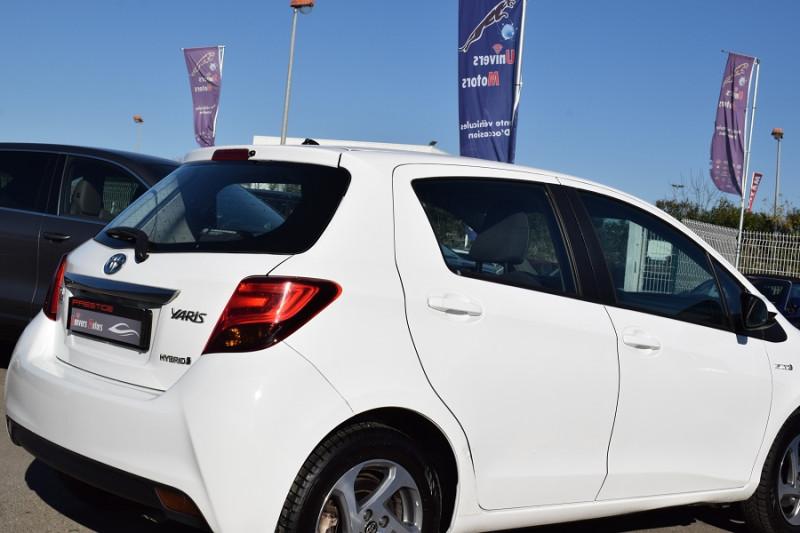 Photo 3 de l'offre de TOYOTA YARIS HSD 100H DYNAMIC 5P à 8400€ chez Univers Motors
