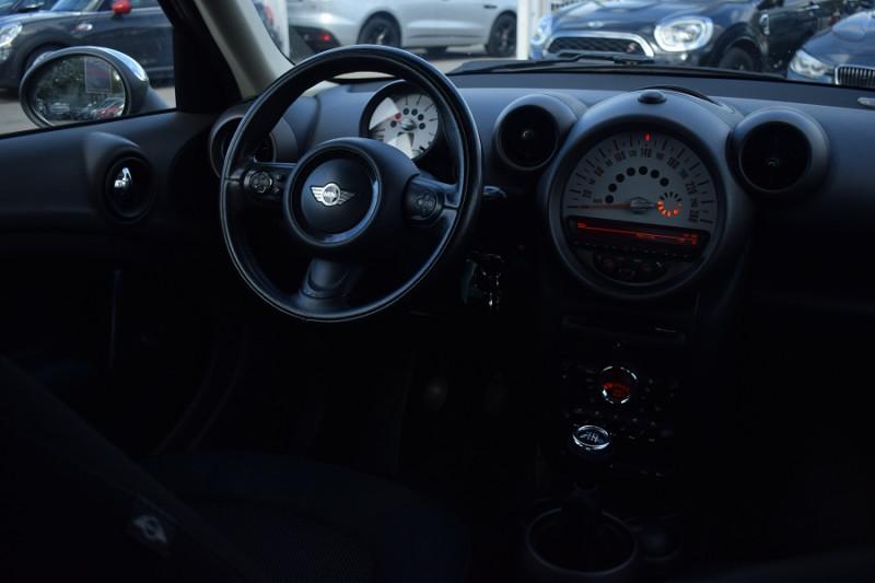 Photo 2 de l'offre de MINI COUNTRYMAN COOPER D 112CH ALL4 4X4 à 8400€ chez Univers Motors