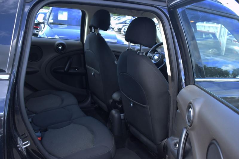Photo 12 de l'offre de MINI COUNTRYMAN COOPER D 112CH ALL4 4X4 à 8400€ chez Univers Motors