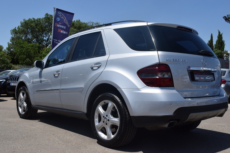 Photo 8 de l'offre de MERCEDES-BENZ CLASSE ML (W164) 280 CDI PACK SPORT 4MATIC à 8400€ chez Univers Motors