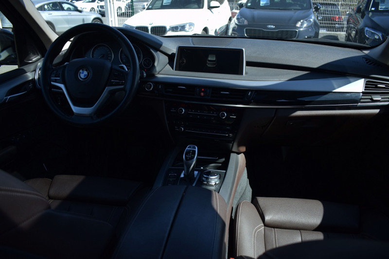 Photo 17 de l'offre de BMW X5 (F15) XDRIVE30DA 258CH EXCLUSIVE 7PLACES à 37900€ chez Univers Motors