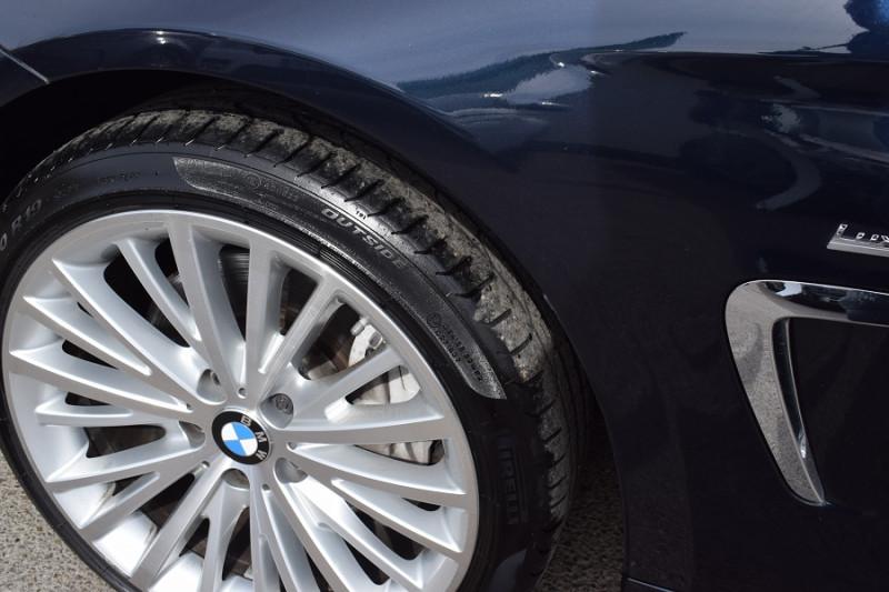 Photo 20 de l'offre de BMW SERIE 4 CABRIOLET (F33) 435DA XDRIVE 313CH LUXURY à 31900€ chez Univers Motors