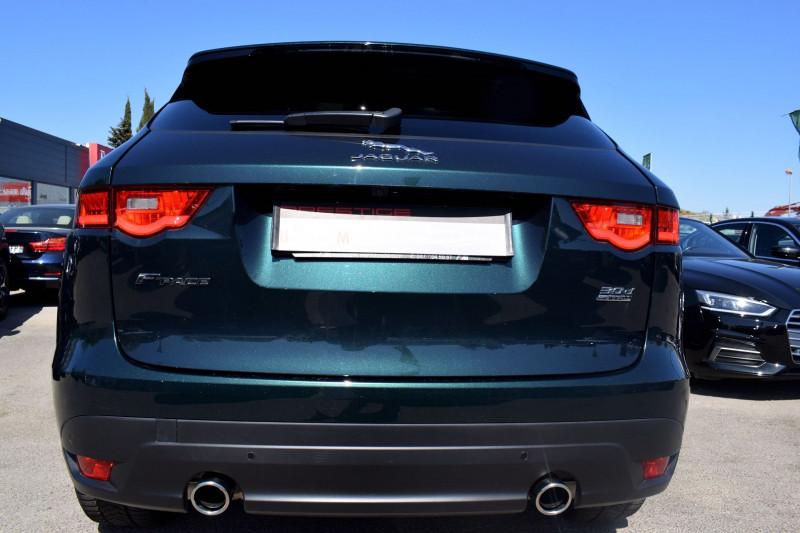 Photo 10 de l'offre de JAGUAR F-PACE V6 3.0D 300CH R-SPORT 4X4 BVA8 à 31900€ chez Univers Motors