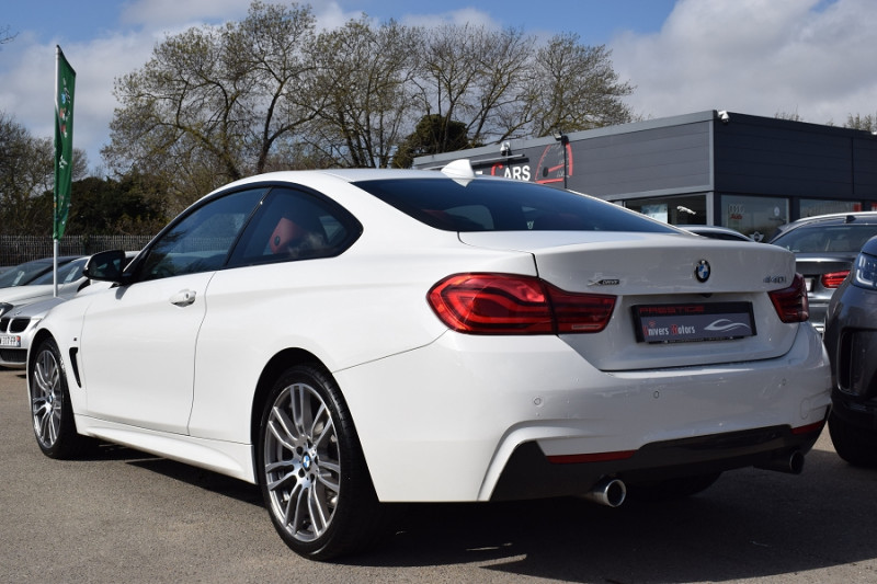 Photo 3 de l'offre de BMW SERIE 4 COUPE (F32) 440IA XDRIVE 326CH M SPORT à 35900€ chez Univers Motors