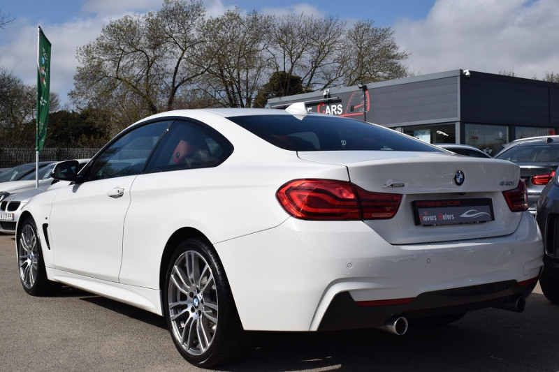 Photo 11 de l'offre de BMW SERIE 4 COUPE (F32) 440IA XDRIVE 326CH M SPORT à 35900€ chez Univers Motors