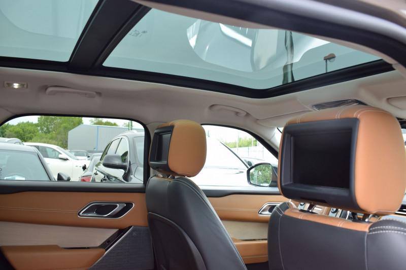 Photo 3 de l'offre de LAND-ROVER RANGE ROVER VELAR 3.0D V6 300CH R-DYNAMIC SE AWD BVA à 51900€ chez Univers Motors