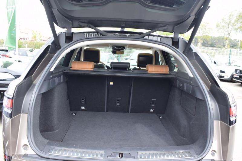 Photo 23 de l'offre de LAND-ROVER RANGE ROVER VELAR 3.0D V6 300CH R-DYNAMIC SE AWD BVA à 51900€ chez Univers Motors