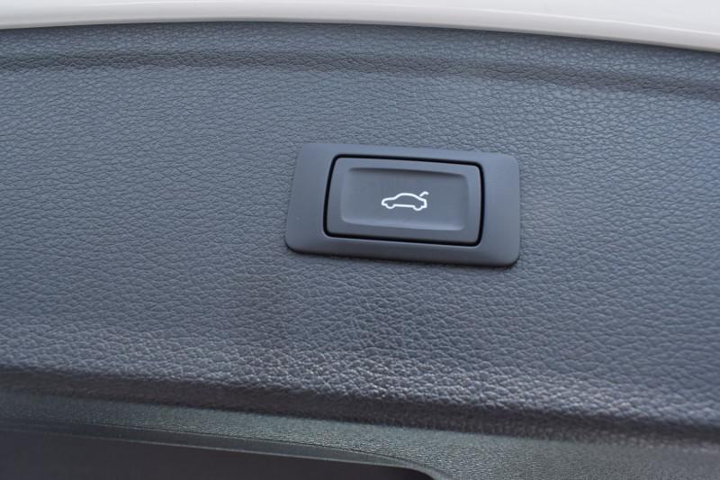 Photo 17 de l'offre de AUDI Q5 2.0 TDI 190CH SPORT QUATTRO S TRONIC 7 à 29900€ chez Univers Motors