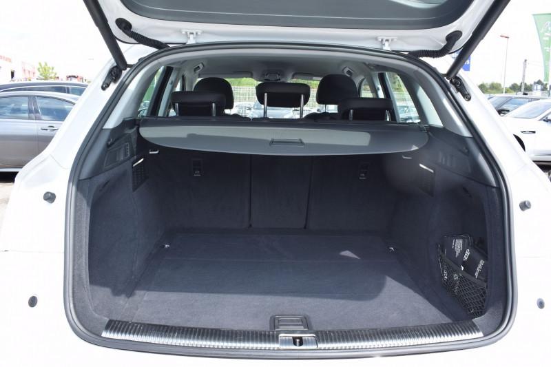 Photo 16 de l'offre de AUDI Q5 2.0 TDI 190CH SPORT QUATTRO S TRONIC 7 à 29900€ chez Univers Motors