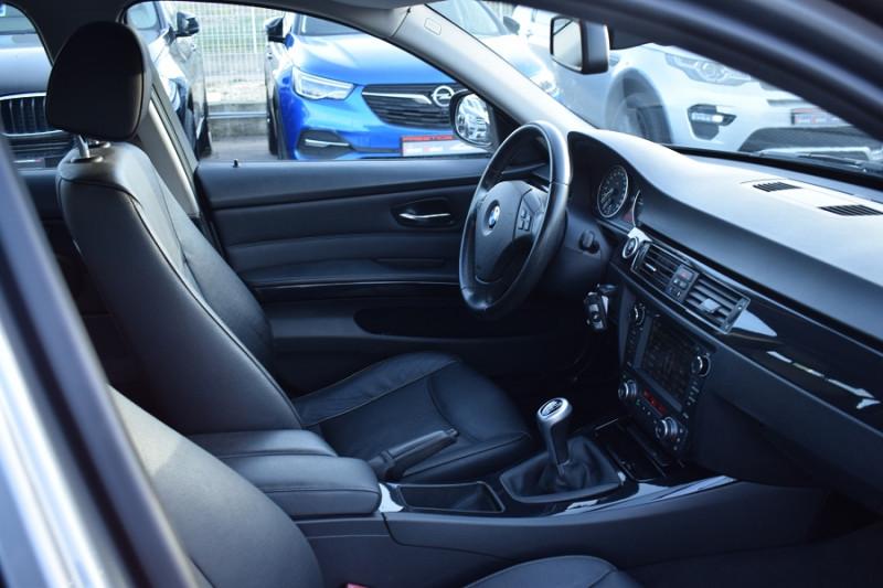 Photo 14 de l'offre de BMW SERIE 3 TOURING (E91) 318D 143CH EDITION CONFORT à 9400€ chez Univers Motors