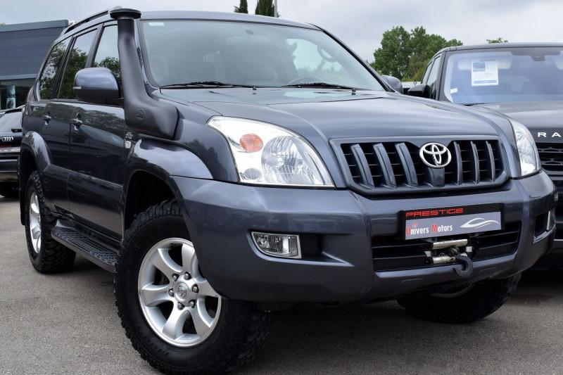 Toyota LAND CRUISER 165 D-4D VX BVM6 5P Diesel GRIS ATLAS Occasion à vendre