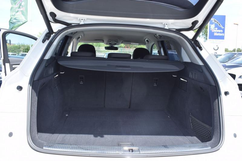 Photo 18 de l'offre de AUDI Q5 2.0 TDI 190CH BUSINESS EXECUTIVE QUATTRO S TRONIC 7 à 35900€ chez Univers Motors