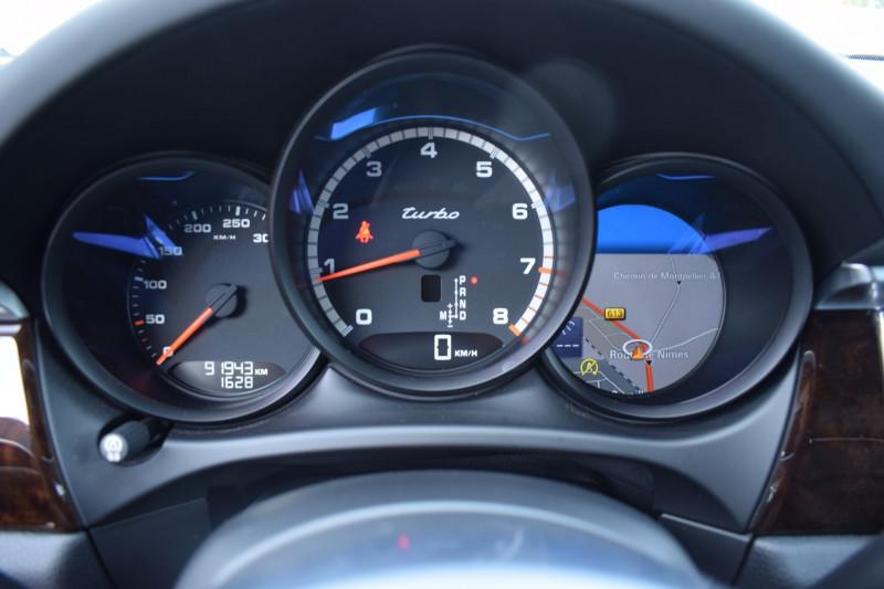 Photo 11 de l'offre de PORSCHE MACAN 3.6 V6 400CH TURBO PDK à 47900€ chez Univers Motors