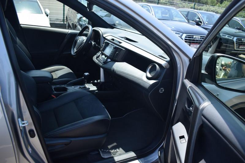 Photo 6 de l'offre de TOYOTA RAV4 197 HYBRIDE DYNAMIC BUSINESS 2WD CVT à 19900€ chez Univers Motors