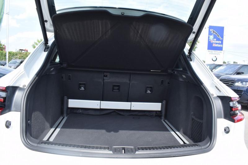 Photo 18 de l'offre de PORSCHE MACAN 3.6 V6 400CH TURBO PDK à 47900€ chez Univers Motors
