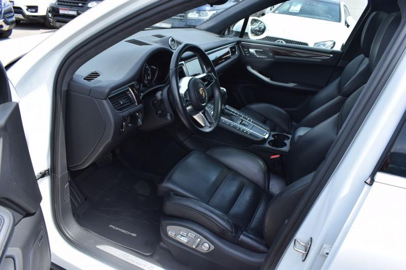 Photo 21 de l'offre de PORSCHE MACAN 3.6 V6 400CH TURBO PDK à 47900€ chez Univers Motors