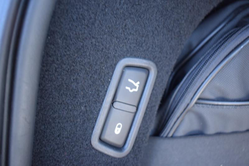 Photo 21 de l'offre de MASERATI LEVANTE 3.0 V6 250CH DIESEL à 39900€ chez Univers Motors