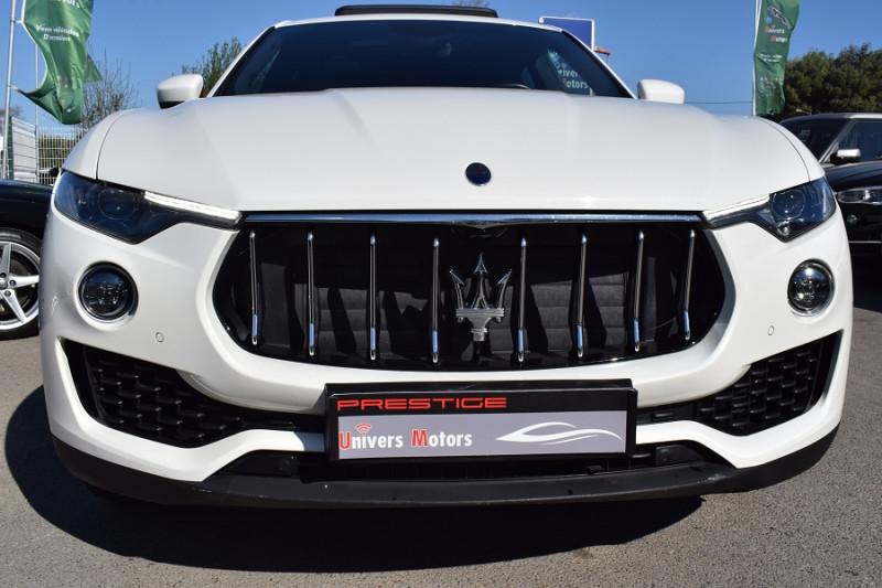 Photo 22 de l'offre de MASERATI LEVANTE 3.0 V6 250CH DIESEL à 39900€ chez Univers Motors