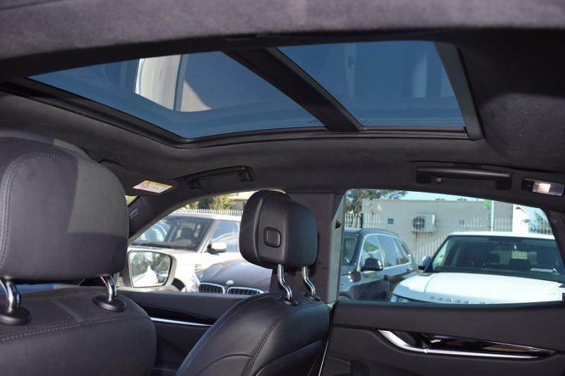 Photo 4 de l'offre de MASERATI LEVANTE 3.0 V6 250CH DIESEL à 39900€ chez Univers Motors
