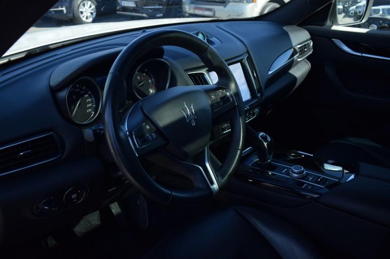 Photo 7 de l'offre de MASERATI LEVANTE 3.0 V6 250CH DIESEL à 39900€ chez Univers Motors