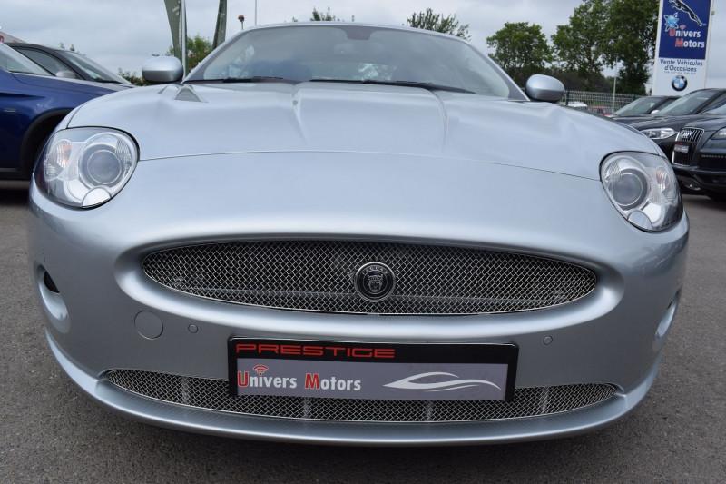 Photo 22 de l'offre de JAGUAR XK CABRIOLET 3.5 V8 258CH à 33900€ chez Univers Motors