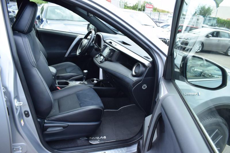 Photo 14 de l'offre de TOYOTA RAV4 197 HYBRIDE DYNAMIC 2WD CVT à 21900€ chez Univers Motors