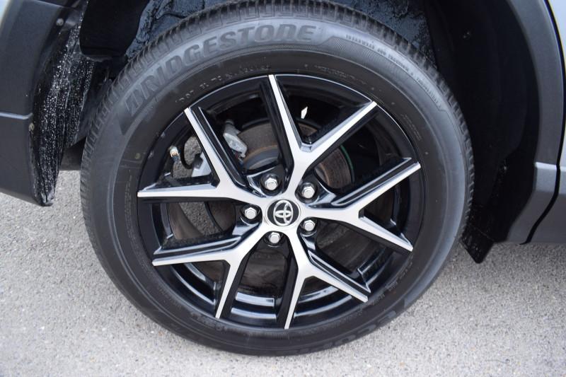 Photo 15 de l'offre de TOYOTA RAV4 197 HYBRIDE DYNAMIC 2WD CVT à 21900€ chez Univers Motors