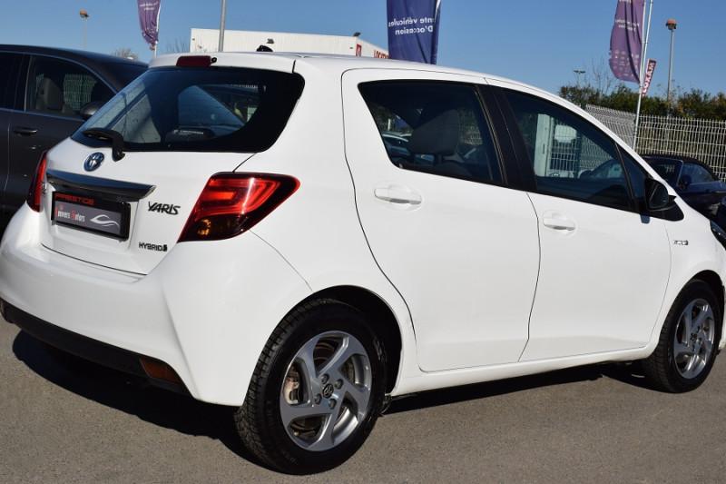 Photo 9 de l'offre de TOYOTA YARIS HSD 100H DYNAMIC 5P à 8400€ chez Univers Motors