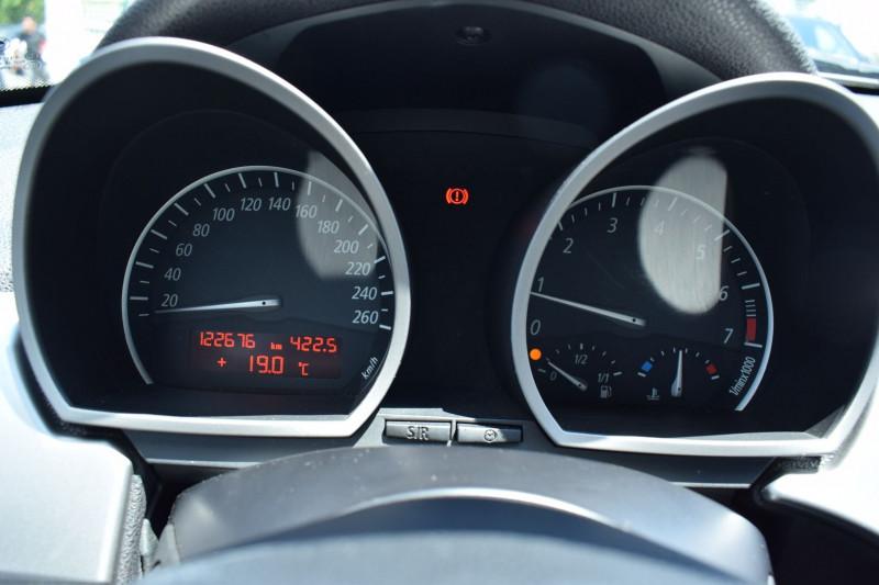 Photo 7 de l'offre de BMW Z4 ROADSTER (E85) 2.2I 170CH à 13900€ chez Univers Motors