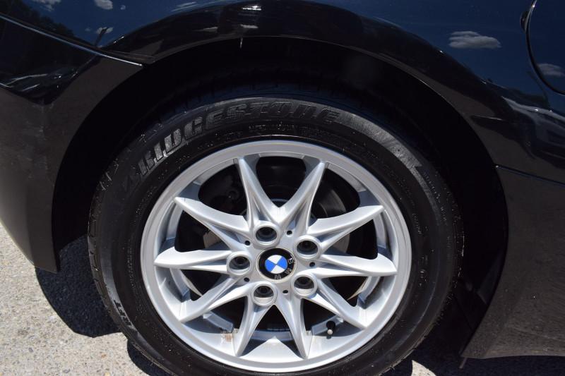Photo 17 de l'offre de BMW Z4 ROADSTER (E85) 2.2I 170CH à 13900€ chez Univers Motors