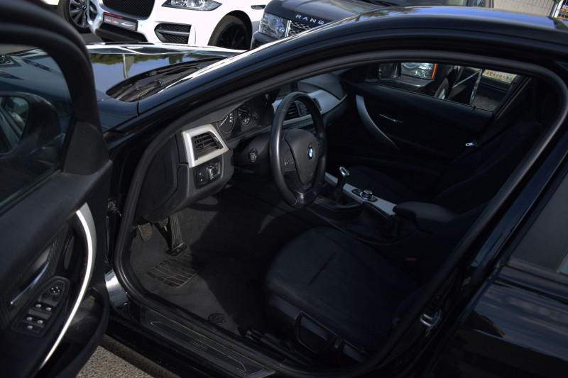 Photo 3 de l'offre de BMW SERIE 3 TOURING (F31) 316D 116CH LOUNGE à 12400€ chez Univers Motors